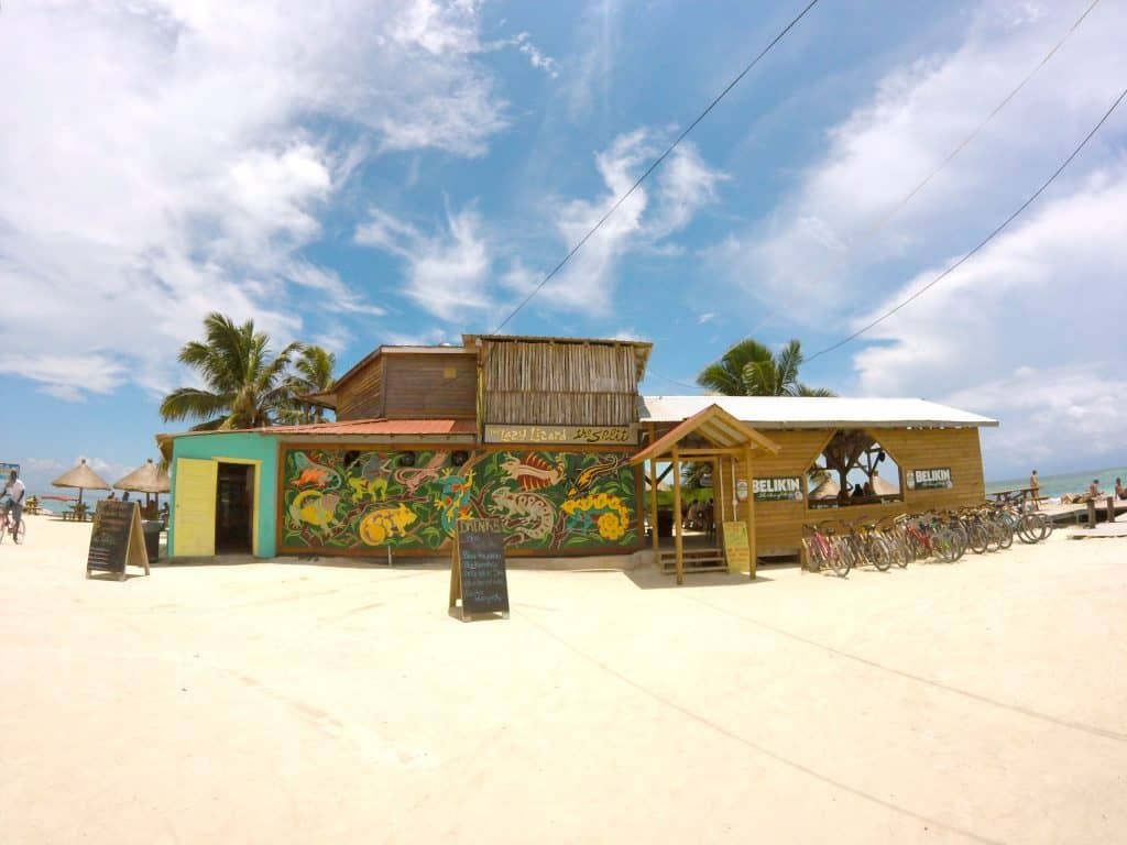 Caye Caulker Bar Lazy Lizard
