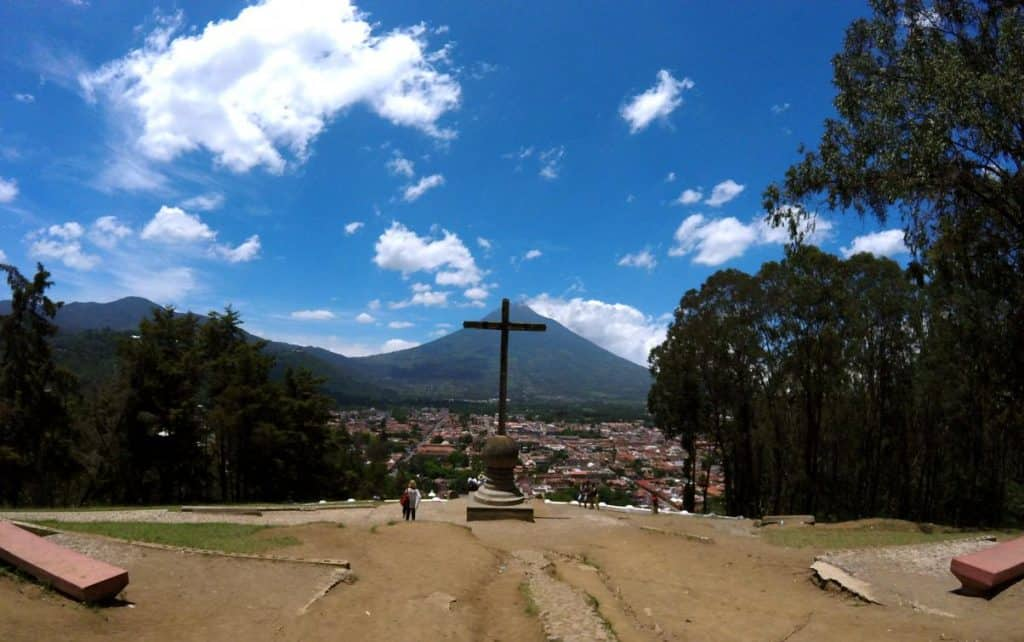 Aussichtspunkt Cerro de la Cruz in Antigua in Guatemala
