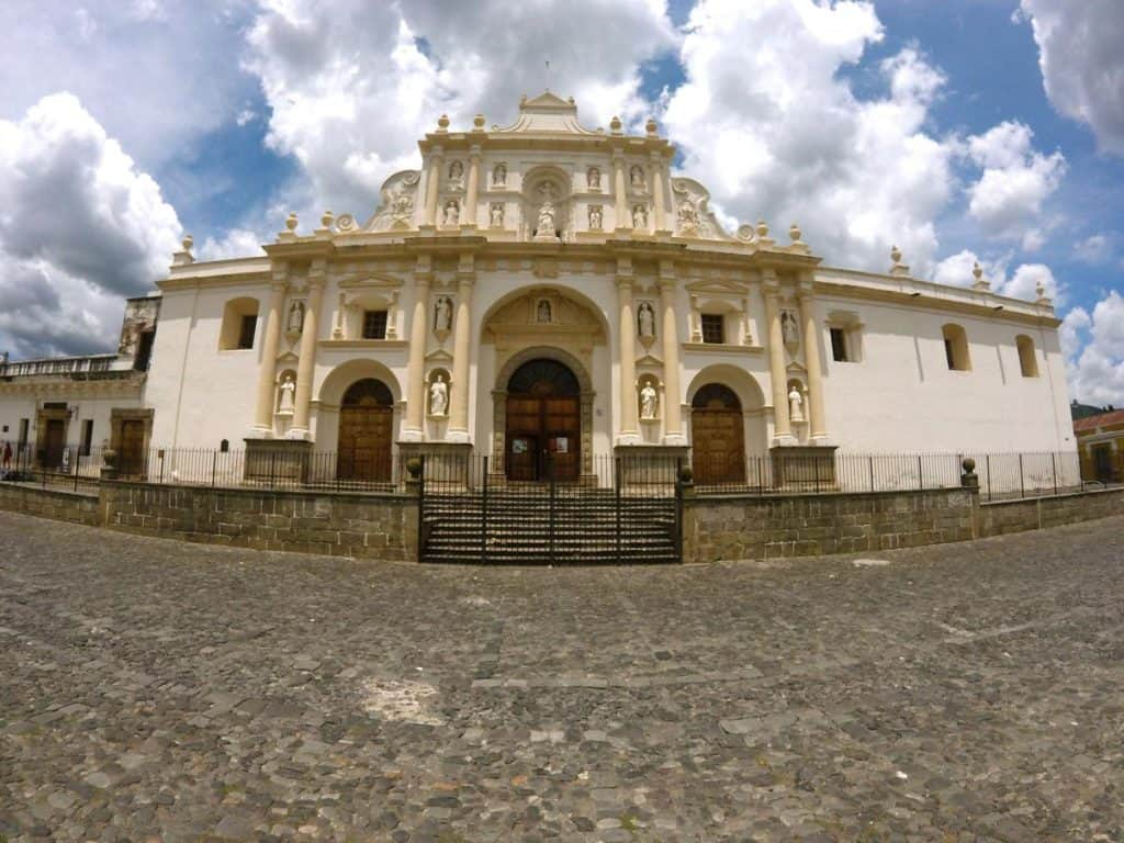 Antike Kirche in Antigua in Guatemala