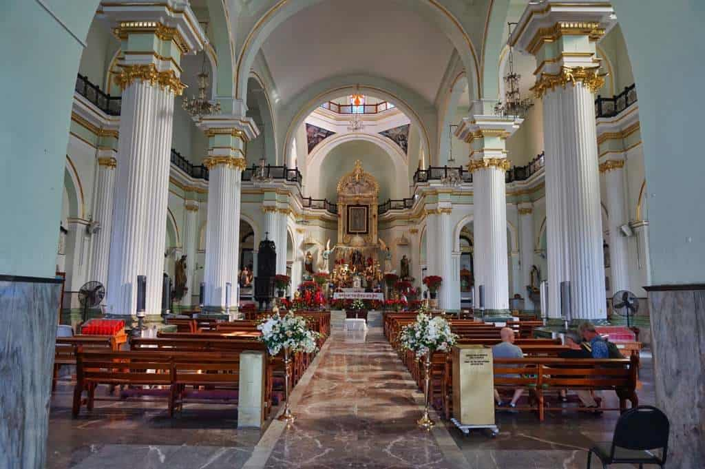 Die Kathedrale von innen in Puerto Vallarta in Mexiko