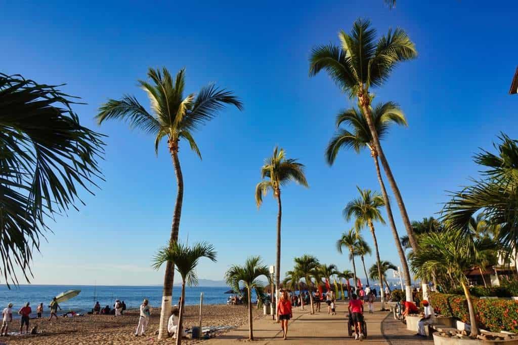 Der Strand von Puerto Vallarta bei unserer Reise durch Mexiko