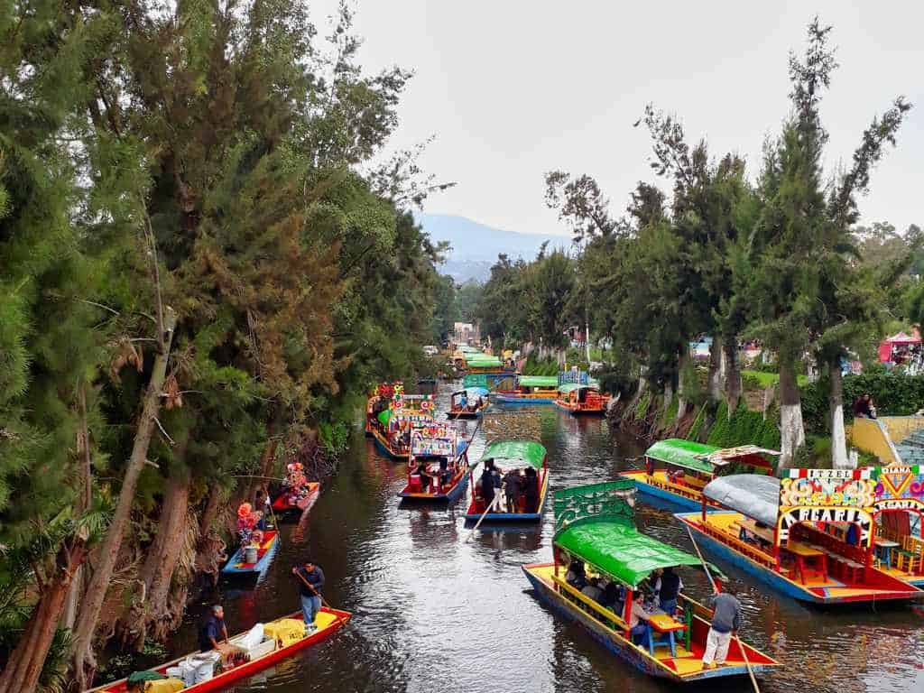 Trajineras von Xochimilco in Mexico City