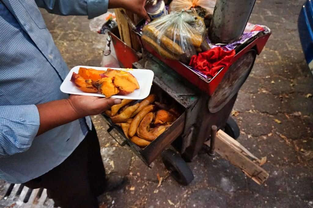 Camote ist traditionelles Streetfood in Mexiko