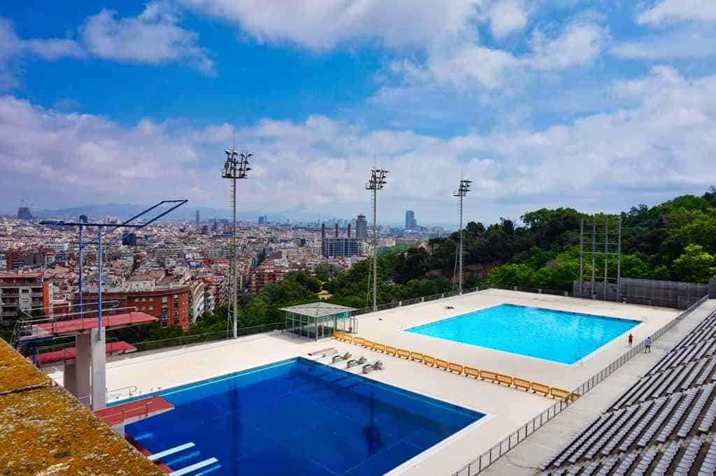 Turmspringer Pools Aussicht Barcelona